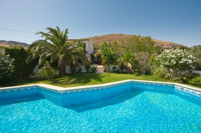 Originally listed at €360,000, recently reduced to €238,000for a quick sale. Fabulous property locat, Spain