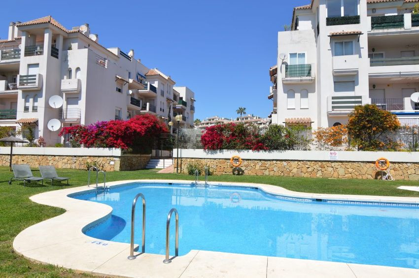 2 bedroom furnished apartment located in a lovely gated complex near Puerto Banus, within short walk,Spain