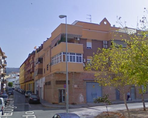 Great apartment next to the courts of Velez. 2 double bedrooms, (possibility of another one in cover,Spain