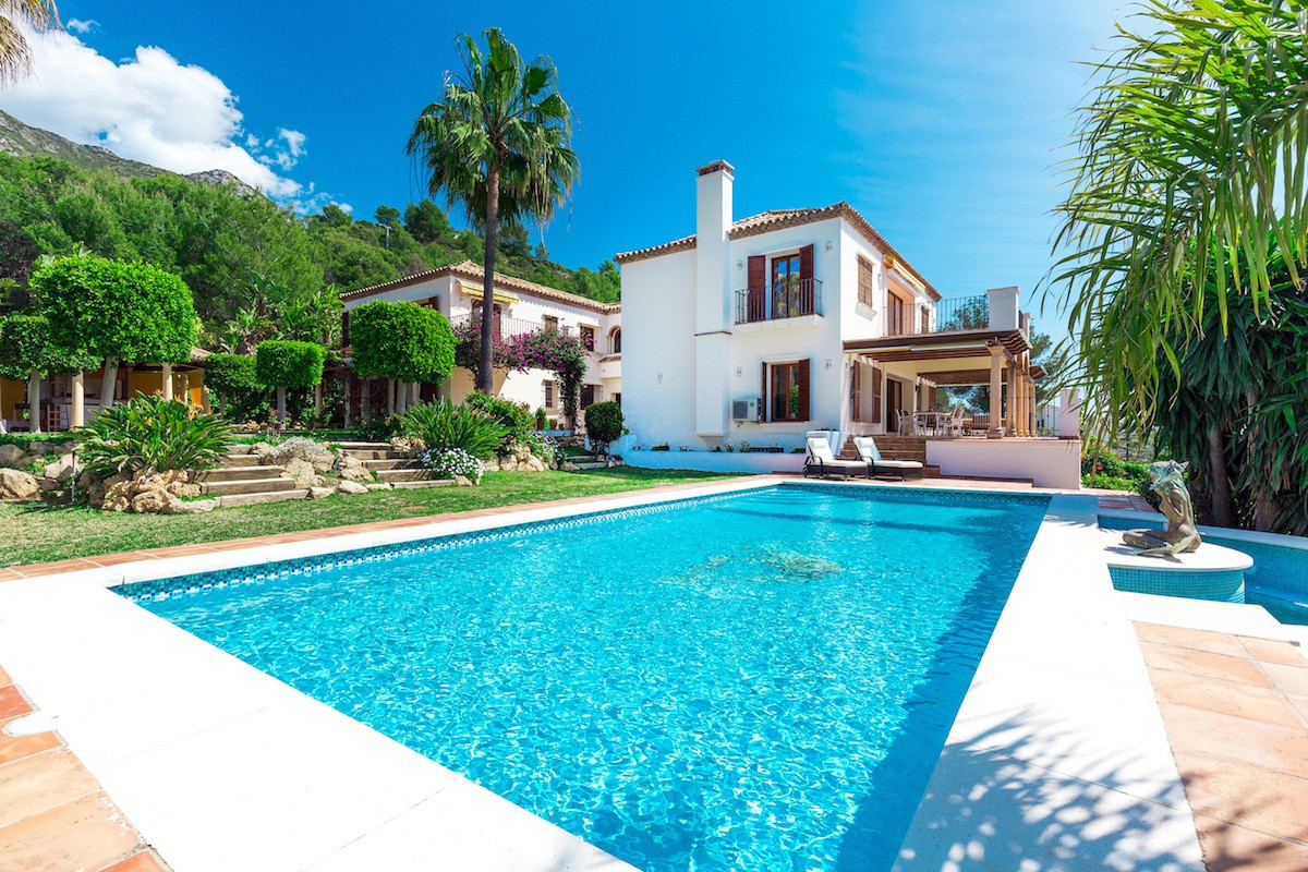 A beautiful elegant and rustic style private home with sea views situated in one of the finest urban,Spain