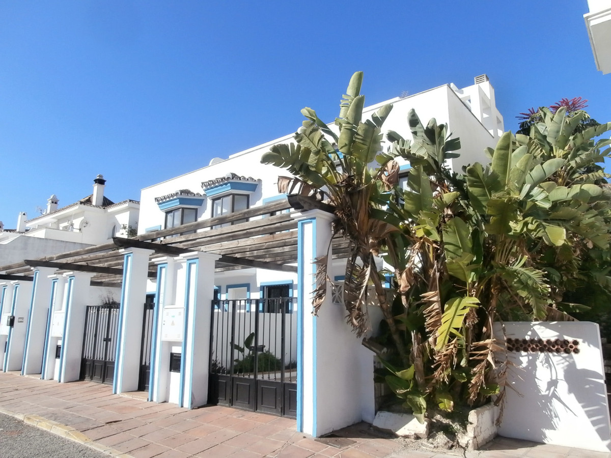 RESERVED!  Fantastic town house with roof terrace   with panoramic views in Puerto de la Duquesa. Th,Spain
