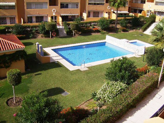 Nice 3 bed 2 bath furnished apartment 2 minutes walking to the Benalmadena´s beaches. West orientati, Spain
