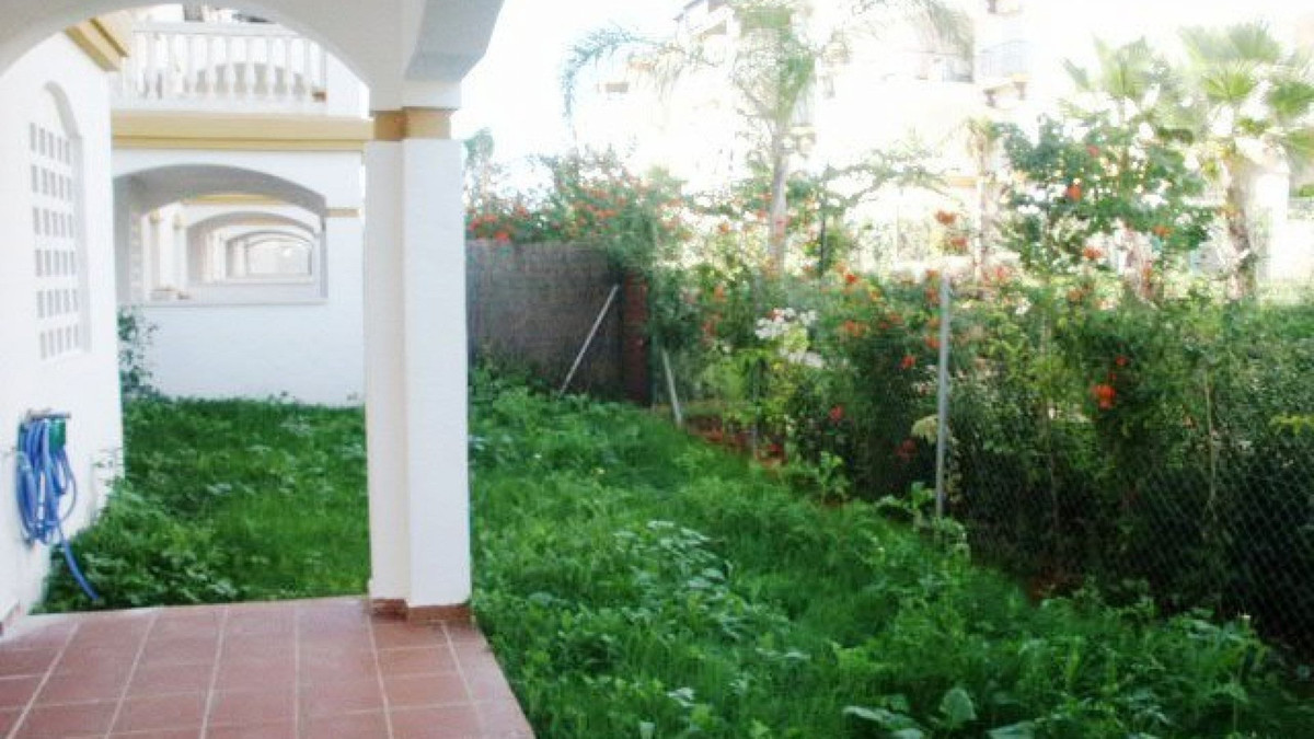 Ground Floor Apartment for sale and for rent in La Dama de Noche, Nueva Andalucia, with 3 bedrooms, ,Spain