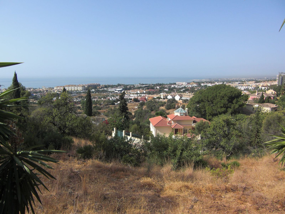 Residential Plot, Marbella, Costa del Sol. Garden/Plot 2753 m�.  Setting : Close To Town. Orientatio, Spain