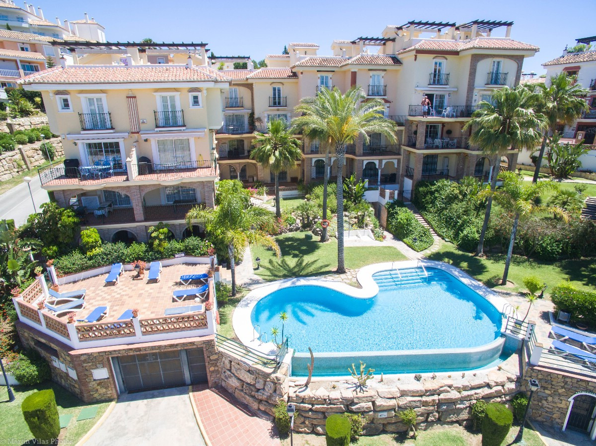 VIEWINGS HIGHLY RECOMMENDED!! OPEN TO OFFERS!!!  Lovely independent apartment on ground floor (no ne,Spain