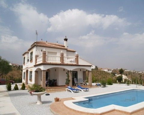 Wonderful villa with fantastic mountains views, living room with log fire, f/f kitchen, terracing al,Spain