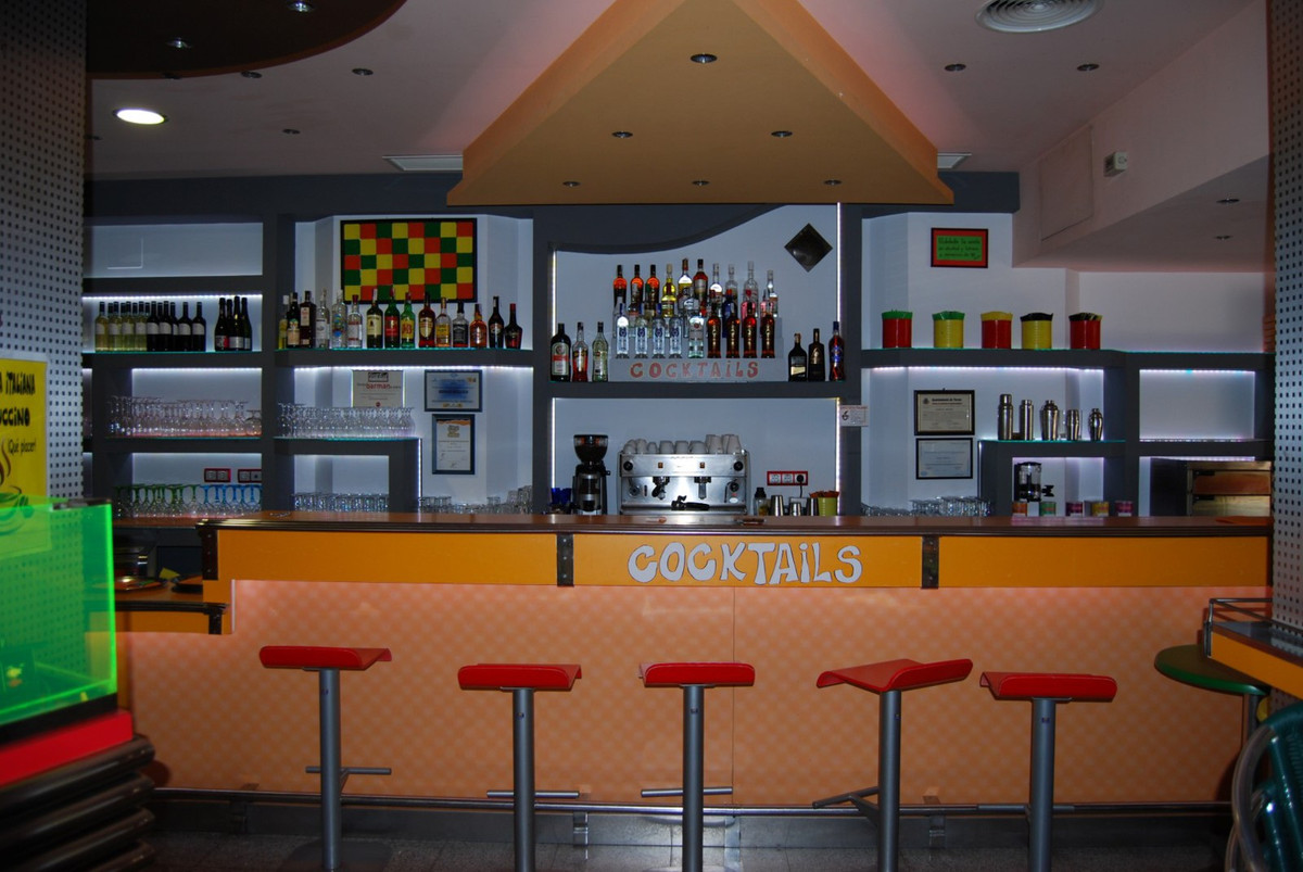 Disco / Bar Torrox  Popular modern disco with license Very well maintained disco / bar with professi,Spain