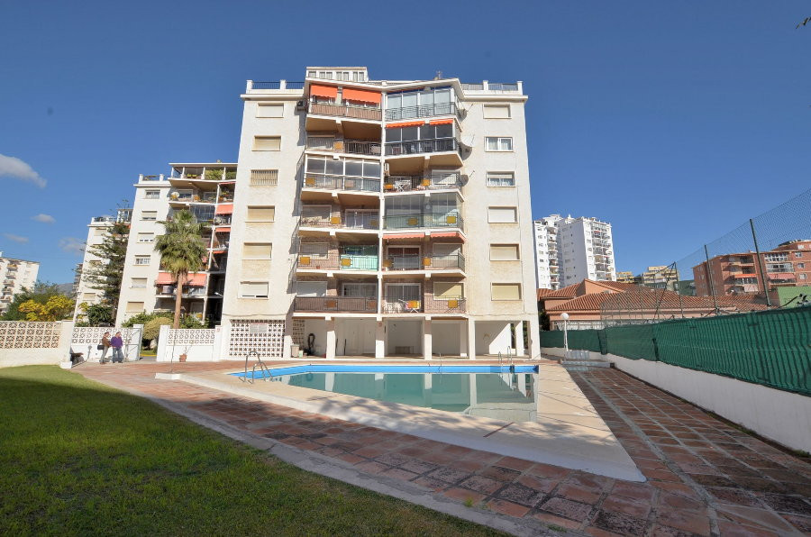 GREAT LOCATION! Ground floor apartment located in Fuengirola. Walking distance to amenities, includi,Spain