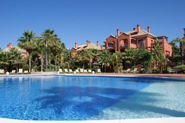 Fabulous one bedroom first floor apartment in the luxury gated complex of Vasari Resort. This commun, Spain