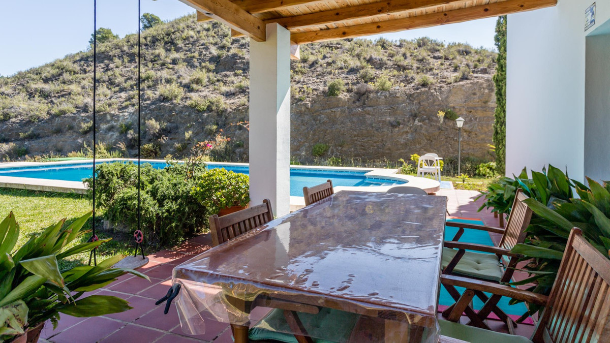 The village of Alhaurin el Grande is located between Mijas Campo and Coin. In the charming village c,Spain