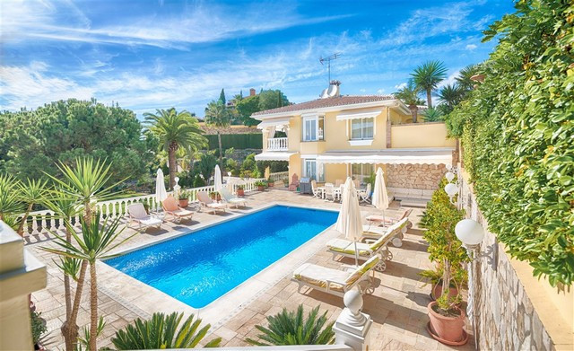 Originally listed for 1,790,000€ and recently reduced to 1,490,000€ to achieve a fast sale. An impos, Spain