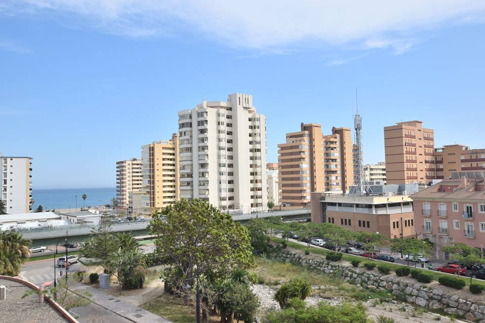 Great 3 bedroom apartment located in Los Boliches, Fuengirola Within a few steps to all amenities, t, Spain