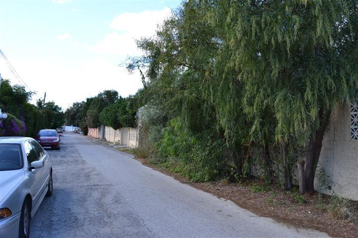 Great plot located in popular Linda Vista area of San Pedro Alcantara. Just 300m from the beach of S, Spain