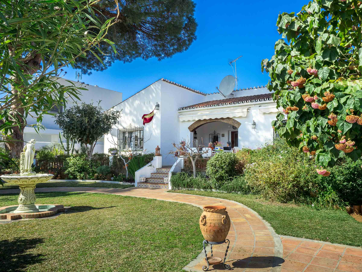 Charming Andalusian Bungalow for sale in Huerta Belon. A popular area of Marbella within walking dis,Spain
