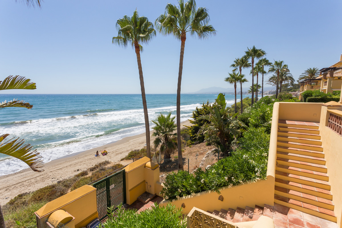 Exclusive listing.   Amazing FRONT line beach 2 bedroom apartment situated in a quiet and private ur,Spain