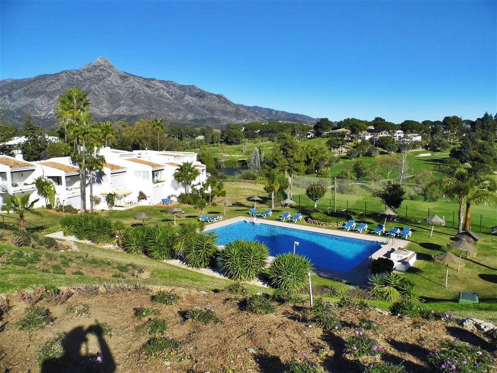 FABULOUS OPPORTUNITY - GROUND FLOOR APARTMENT IN NUEVA ANDALUCIA  A fabulous opportunity to purchase, Spain