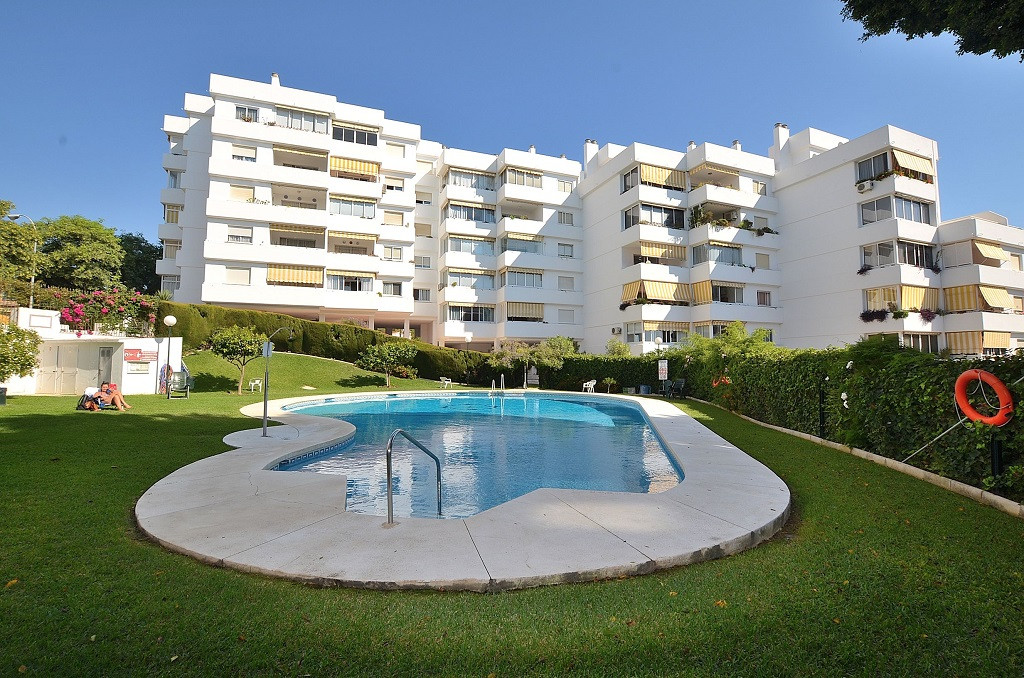NICE TOP FLOOR apartment located in Benalmadena Costa, in a beautiful complex with large garden area, Spain
