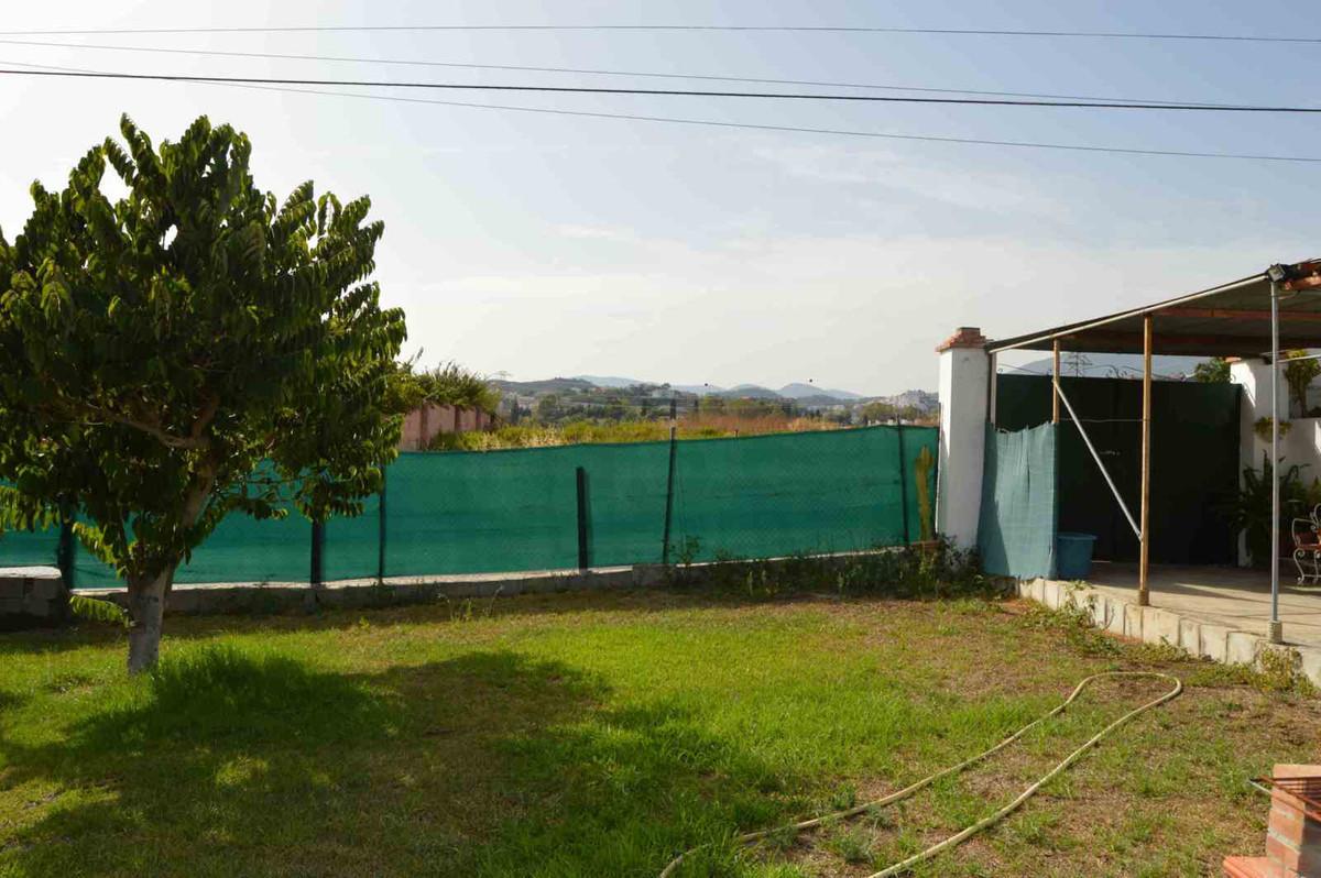 Plot for sale in El Gamonal, San Pedro de Alcantara- Marbella. Very close to La Quinta. 460 sm.,Spain