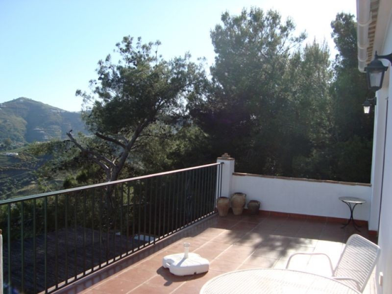 A lovely villa with sea and mountain views. The accommodation in the main part of the property compr,Spain