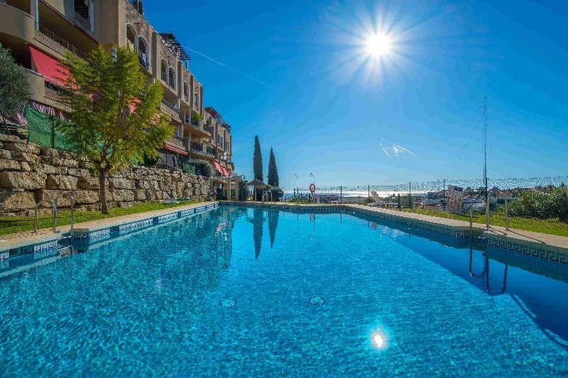 Apartment IN EXCLUSIVE  in Eden Golf with 2 bedrooms, with lots of natural light, private developmen, Spain
