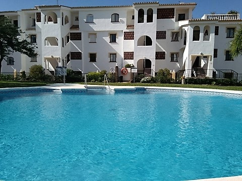 FANTASTIC PRICE  2 bedroom apartment close to all amenities , walking can go to l beach is located o,Spain