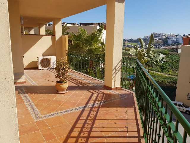 """""""Incredible opportunity! Beautiful 2 bedroom apartment with built-in wardrobes and 2 exterior b,Spain"""