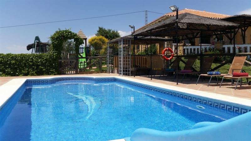 Amazing 3 bedroom, 2 bathroom country property located in the privileged location with amazing mount,Spain