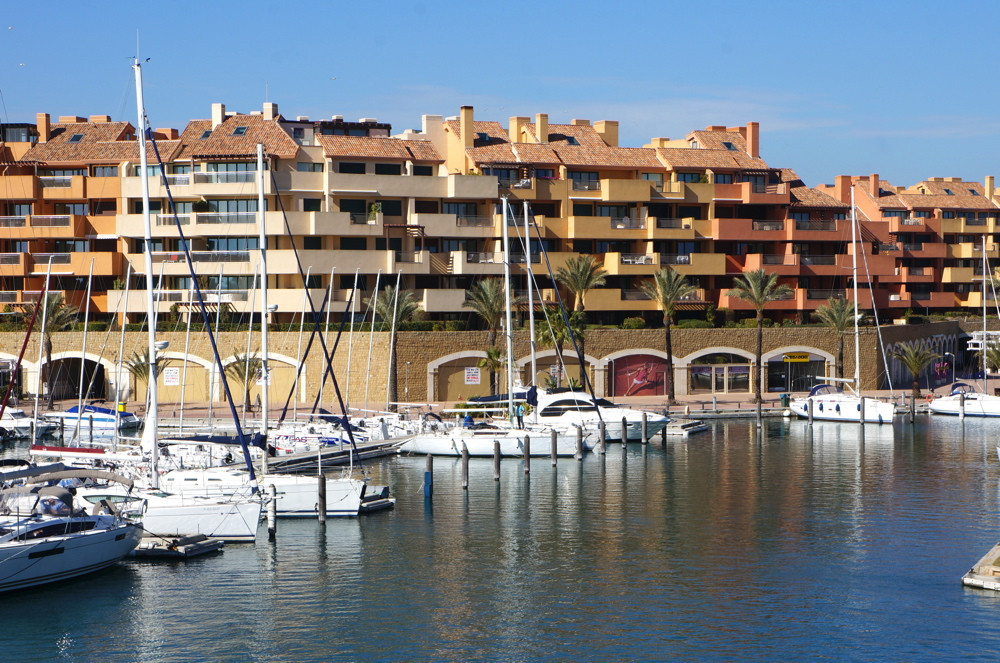 Property in a perfect location in sotogrande marina for sale. Large three bedroom apartment is locat,Spain