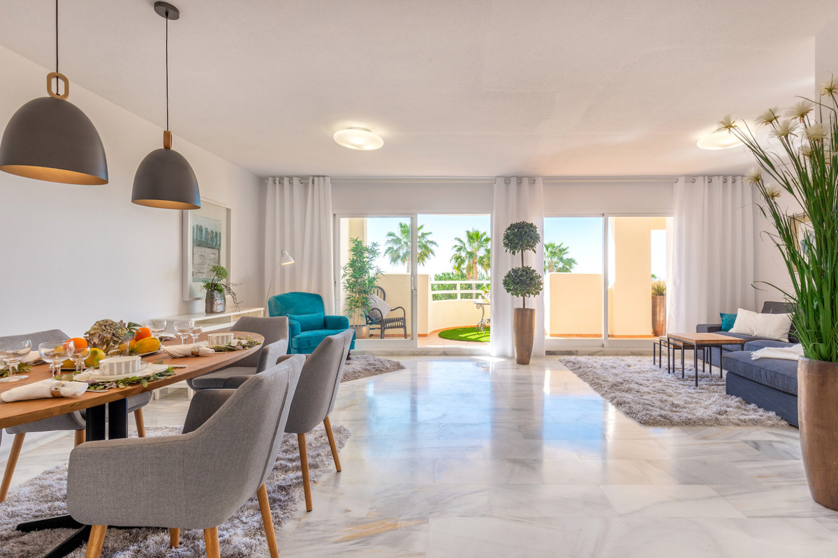 Beautiful 3 bedroom apartment with sea and garden views. This apartment was originally 4 bedroom apa,Spain