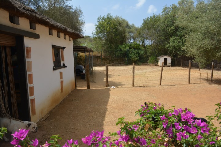 Excellent plot of 500 m2 located in a quiet residential area close to all services between Marbella ,Spain