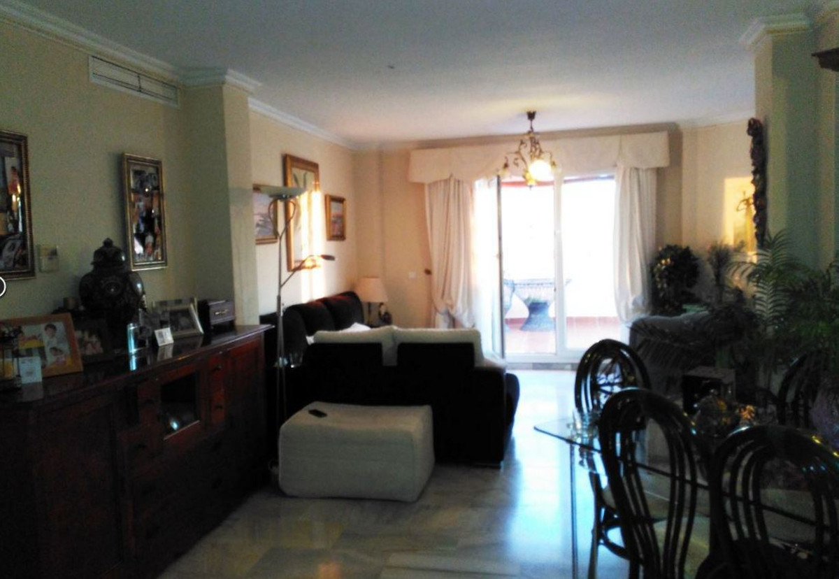 Penthouse for sale on first line of the beach, the penthouse consists out of 2 bedrooms, 2 bathrooms,Spain