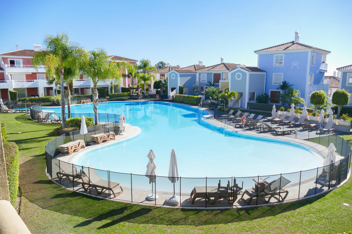 Modern apartment situated on a prestigious development just a ten minute drive from Puerto Banus.  T,Spain
