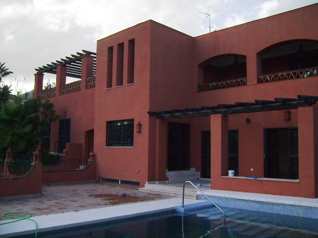 Stunning villa in Benalmadena, not far from the beach and the golf course of Torrequebrada. Built on,Spain