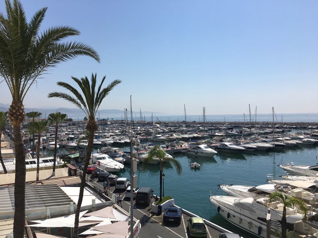 This is a fantastic opportunity to own a seafront apartment in Costa del Sol´s most famous marina, P,Spain