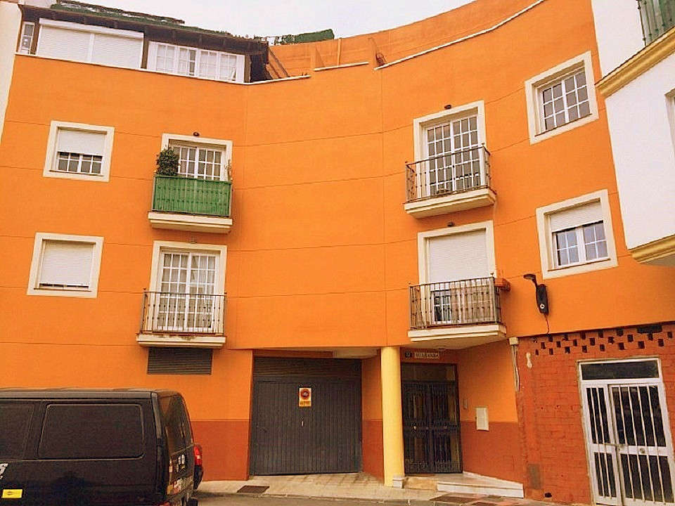 Apartement in Fuengirola close to the town , shops, commercial areas, bars and restaurants. The apar, Spain
