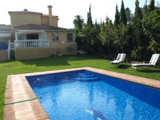 BARGAIN!!! Investment opportunity villa is situated at prestigious zone of  Nueva Andalucia Las Bris, Spain