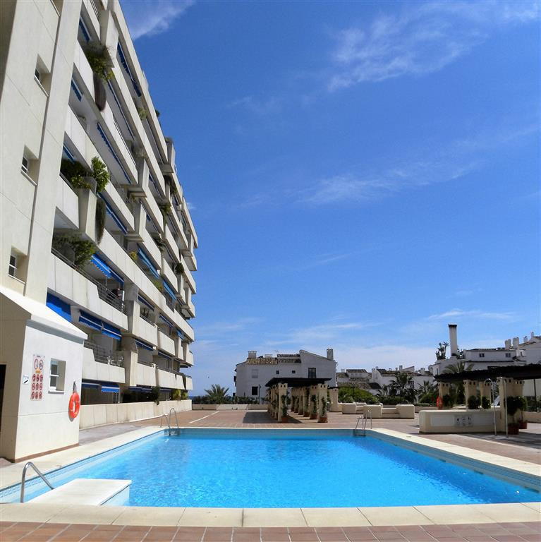 A great apartment in Marina Banus in the heart of all the action of Puerto Banus in a superb central, Spain