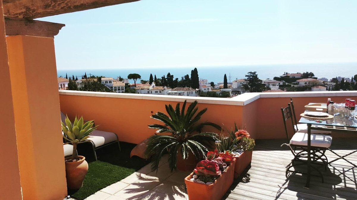 Beautiful Luxury Apartment, TOP FLOOR, Amazing Panoramic Open SEA VIEWS over the Fuengirola City + M, Spain