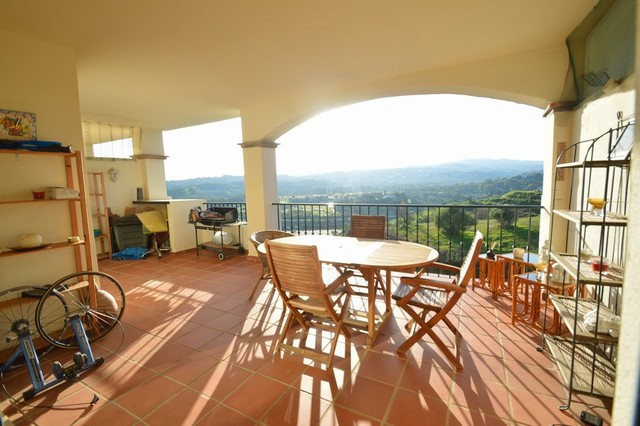 BARGAIN!! NEW REDUCTION FROM 165.000� TO 155.000� FOR A QUICK SALE!!  Beautiful apartment built with,Spain
