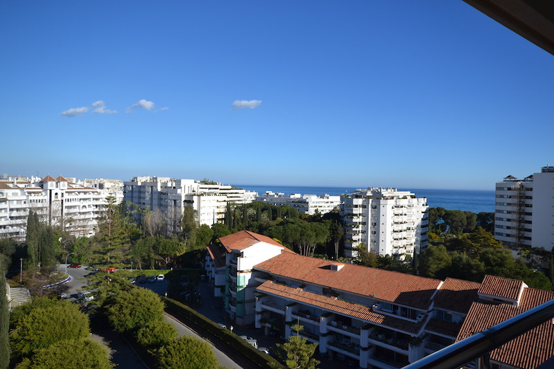 This apartment is located in the heart of The Golden Mile, within walking distance to all amenities ,Spain