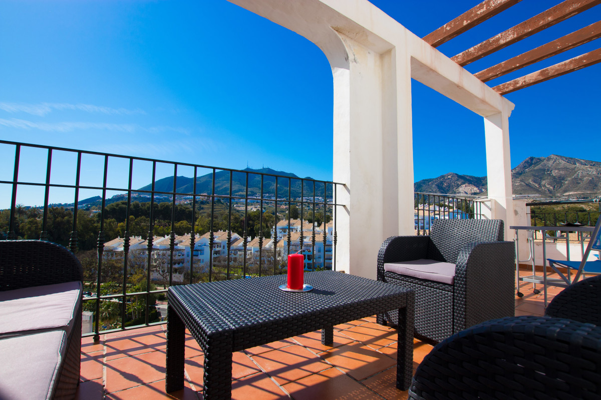 Wonderful apartment with fantastic views of the sea and the town of Benalmadena, located in one of t,Spain
