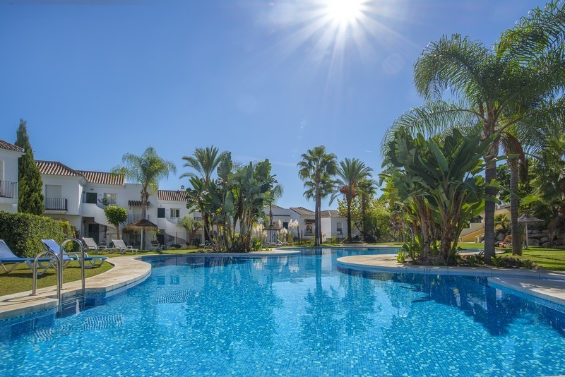 NEW ON THE MARKET  The Property  A beautiful, very well maintained, two bedroom apartment in the hea, Spain