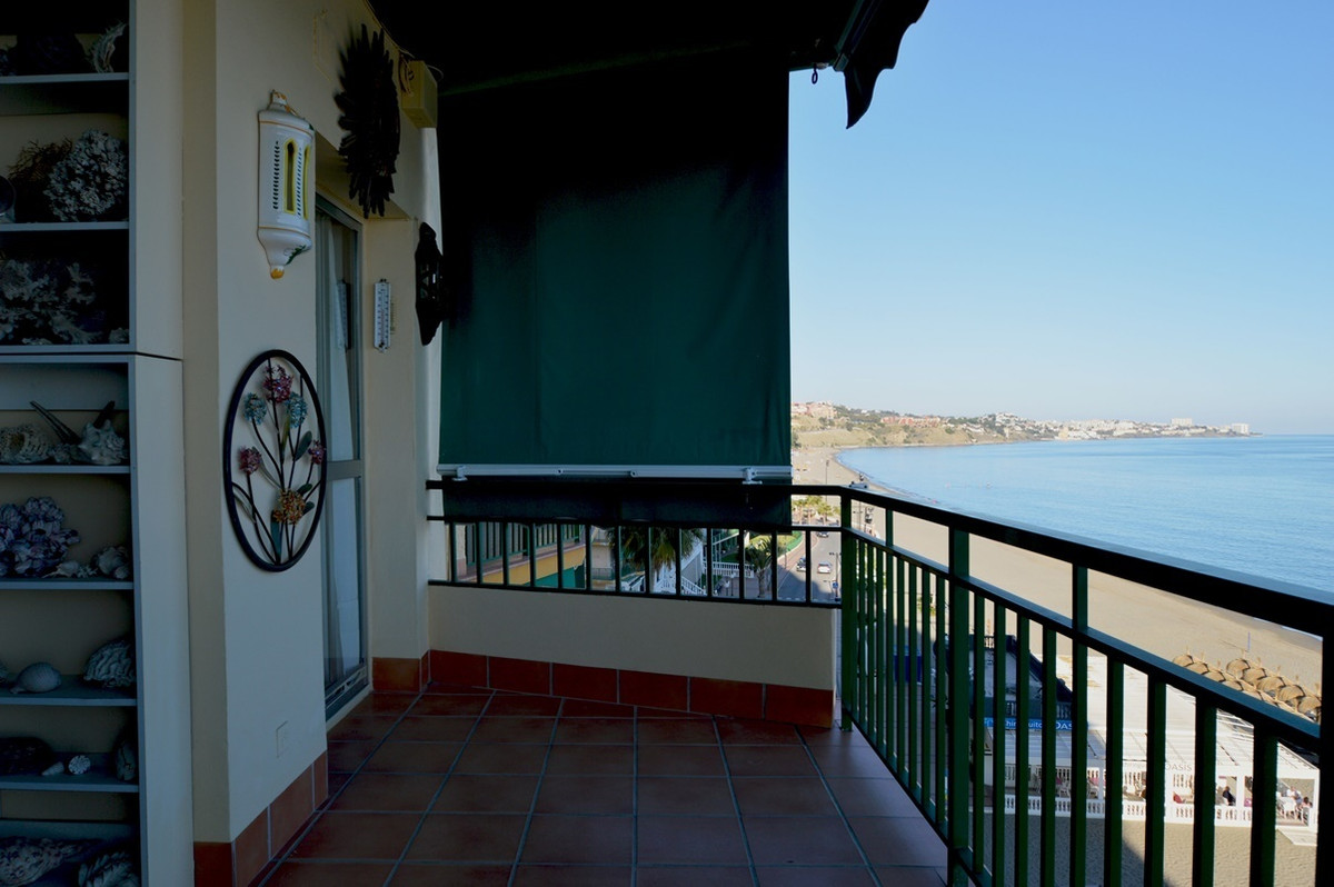 *************** BEACHFRONT APARTMENT OFFERING 3 BEDROOMS SITUATED IN THE LOVELY AREA OF CARVAJAL ***,Spain