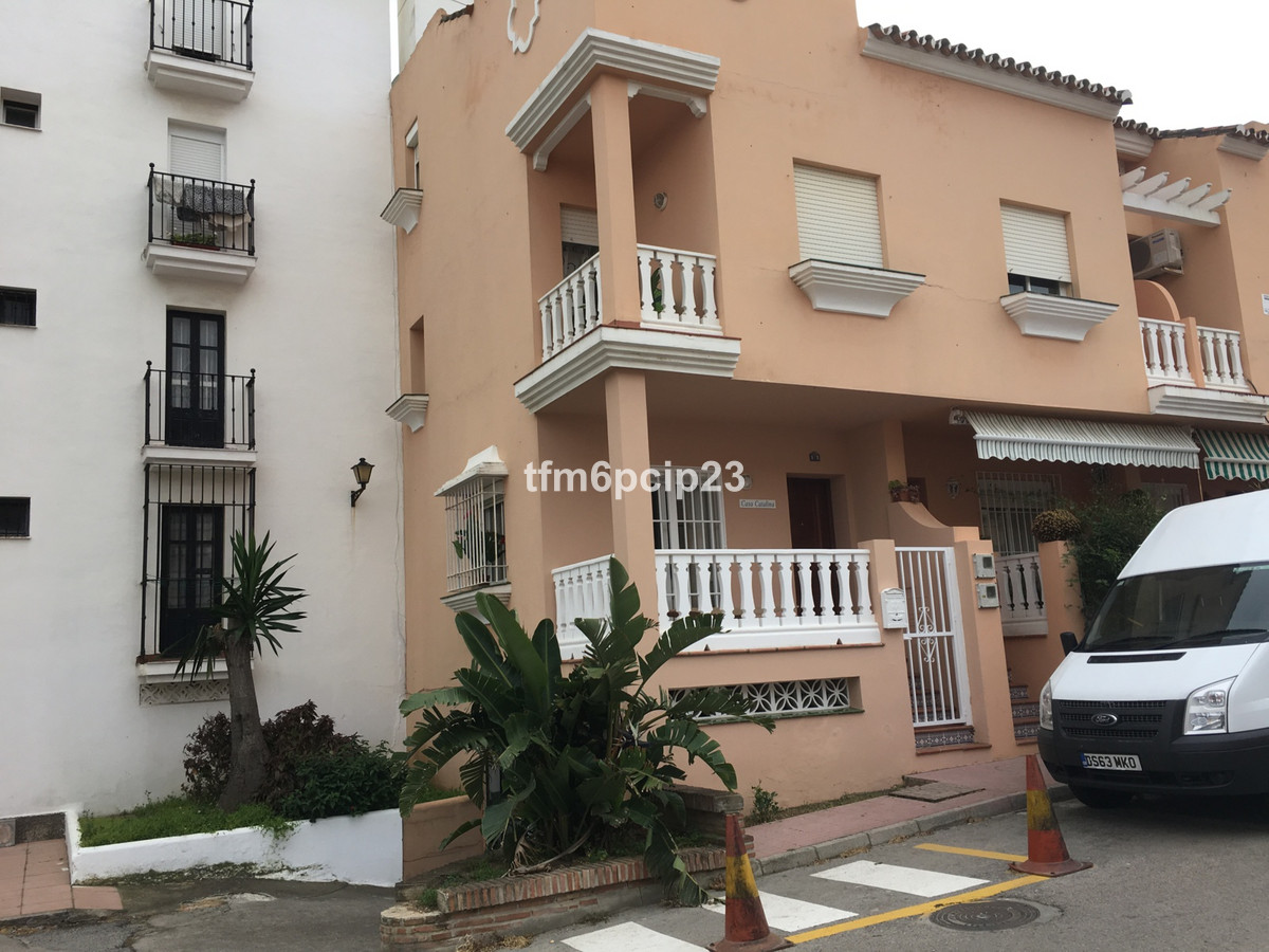BANK REPOSSESSION: This is a spacious terraced house in the centre of Sabinillas close to amenities,, Spain