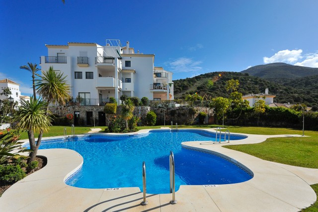 Fabulous 2 bedroom apartment located in the fantastic resort of Alhaurin Golf. The property has an s,Spain