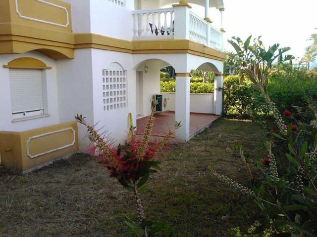Bargain property,  four bedroom apartment walking distance to Puerto Banus.  24 hour security,  unde, Spain