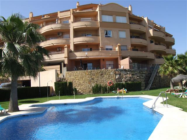 Penthouse duplex with stunning sea and golf views. This 2 bed 2 bath apartment is situated in a gate,Spain