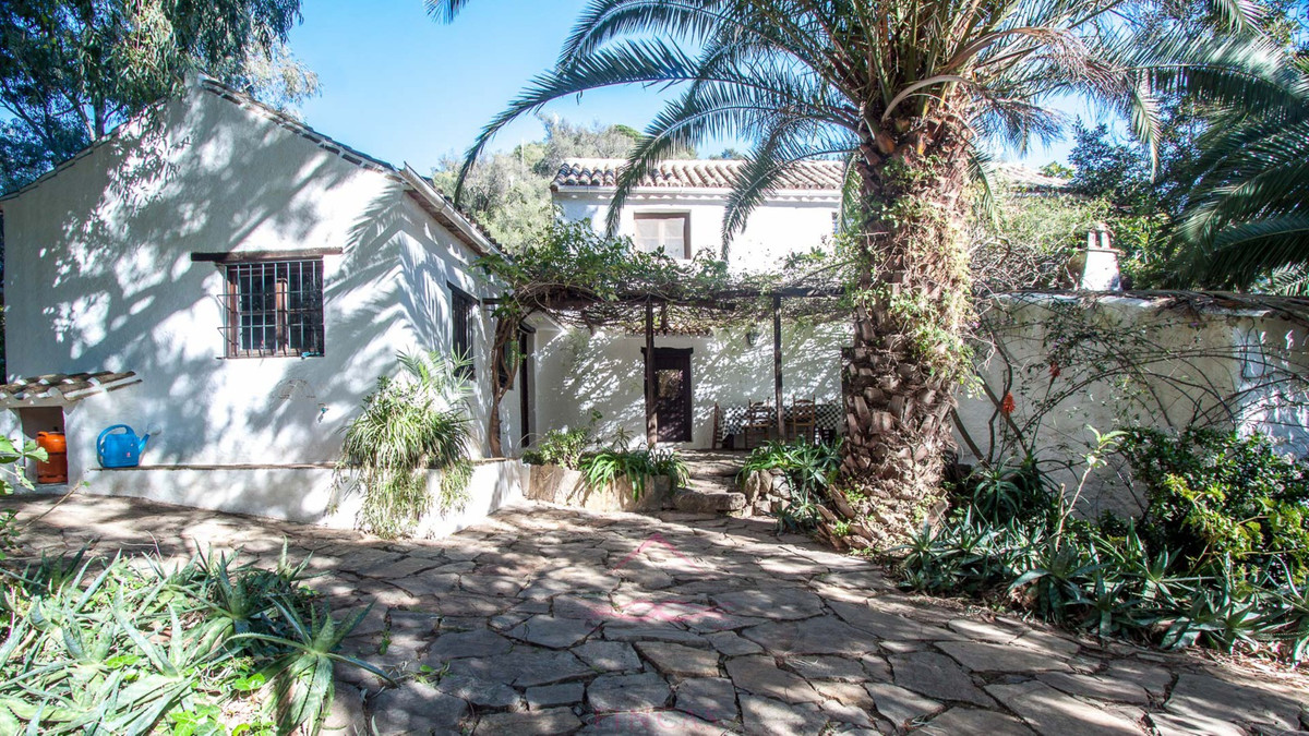 Rustic Finca in Casares, Costa del Sol, Andalucia.Beautiful recently restored rural property in the ,Spain
