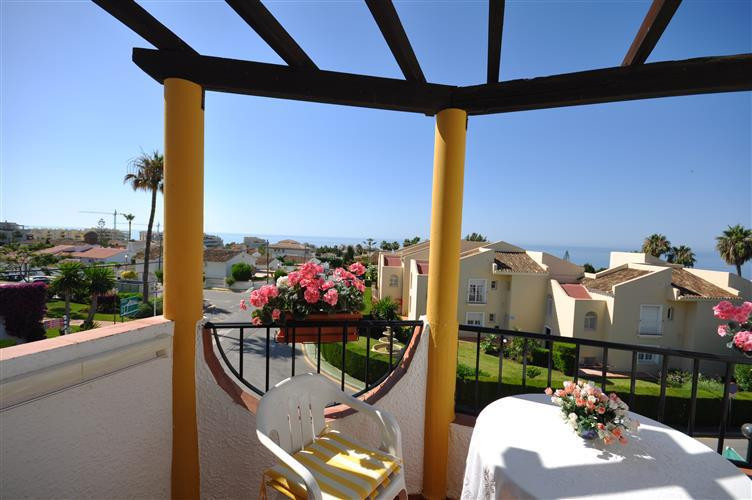 The owner of this wonderful sea view, duplex apartment, are looking for a lovely family with 2 young,Spain
