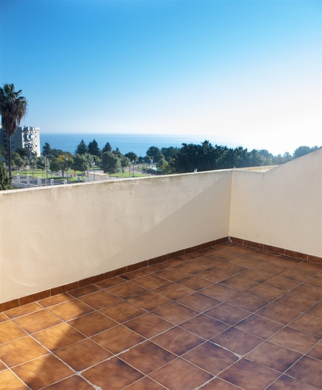 Originally listed for 255,000€ and recently reduced to 239,900€. Beautiful townhouse with four bedro,Spain